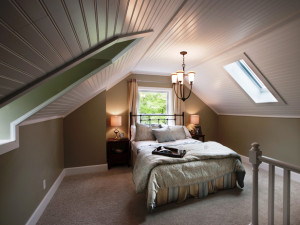 DRMR112_Bedroom-Attic_s4x3_lg